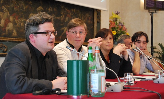 Table ronde autour de l'Europe, ses médias, sa diplomatie extérieure commune, du moins sa tentative