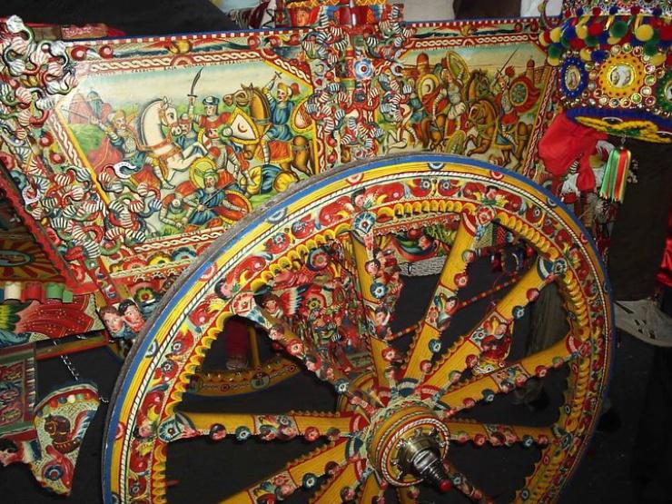 A Bagheria è rimasta solo la famiglia Ducato a decorare i carretti della tradizione.