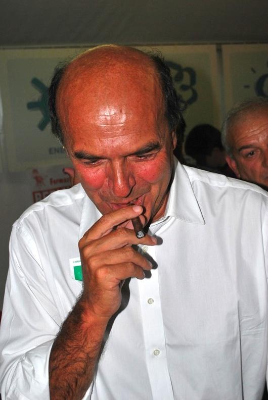 Eine Zigarre an den Lippen - so war es bei ihm Brauch.
