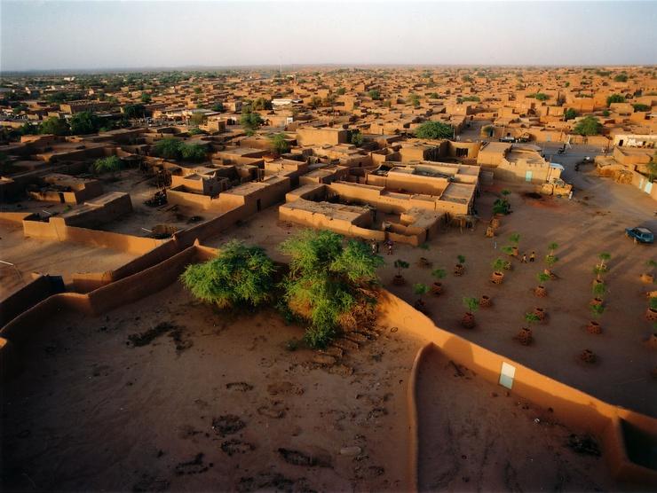 El proyecto no solo quiere formar a los Tuareg en la agricultura ecológica sino también desarrollar proyectos arquitectónicos que aprovechen los recursos naturales
