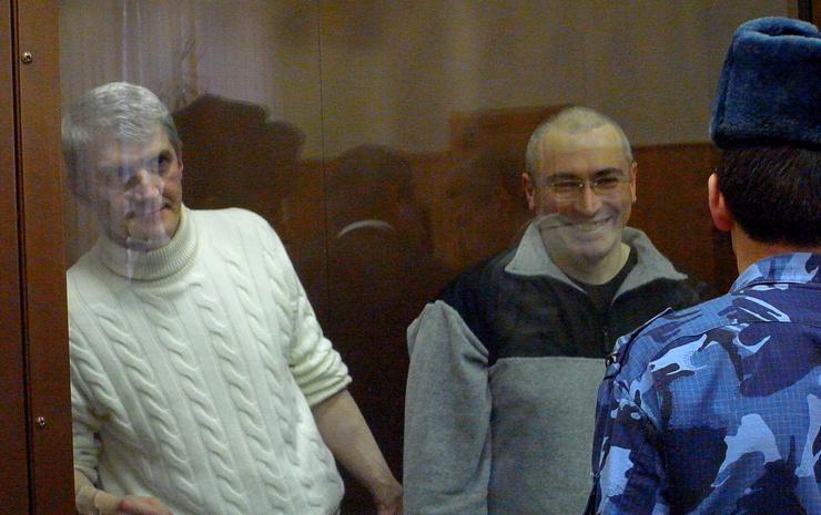 Khodorkovsky should be released in 2016