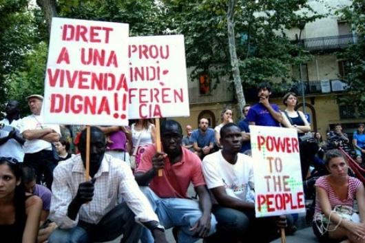 Les Indignés soutiennent de nombreux mouvements locaux, voire les inspirent...