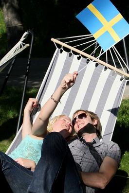 Doch die Realität ist, dass die meisten jungen Schweden sich überhaupt nicht für die Hochzeit interessierten.