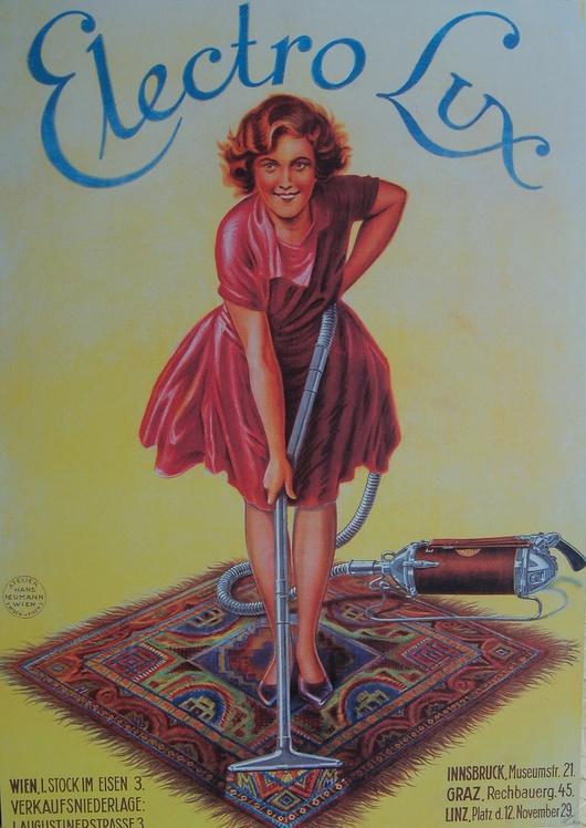 Oui car à l'époque, selon les publicitaires, la ménagère de moins de 50 ans, est contente avec un aspirateur.