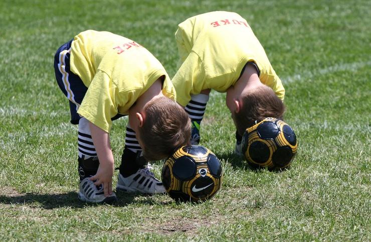 In der neuen Fuβballschule sollen Kinder das Tiki-Taka-Spiel spielerisch erlernen.