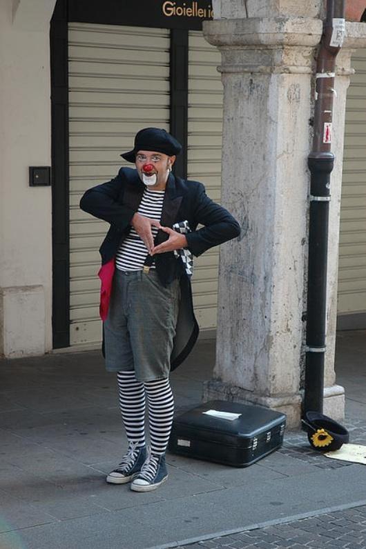 Si vous tombez béats devant un artiste de rue...Puis un autre...Puis un autre...!