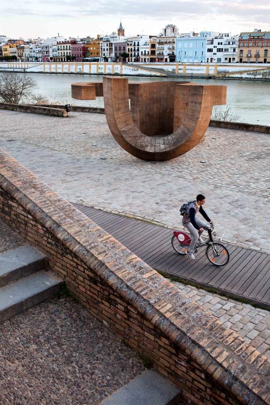 Das städtische Ausleihsystem für Fahrräder bleibt auf das Zentrum Sevillas beschränkt
