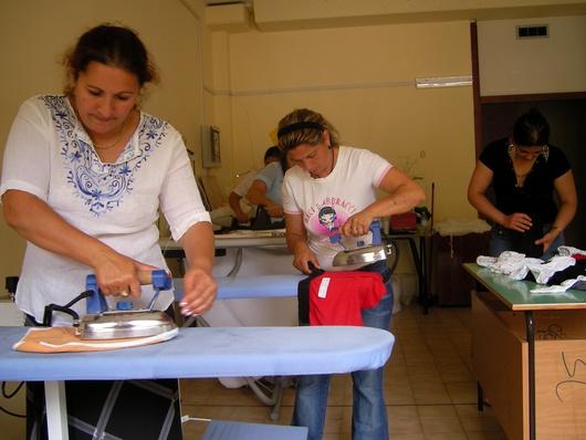 Creada por Opera Nomadi con la ayuda del Vaticano, está gestionada por dos mujeres romaníes