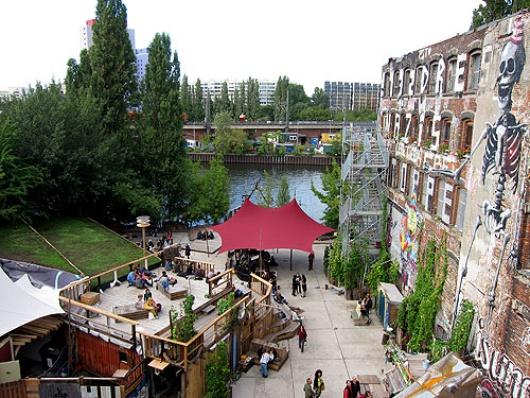 """""""C'est comme le Disneyland de la fête"""", affirme Theo Lessour – l'un des clubs les plus chaud du moment dirigé par les proprietaries du mythique Bar 25 de Berlin."""