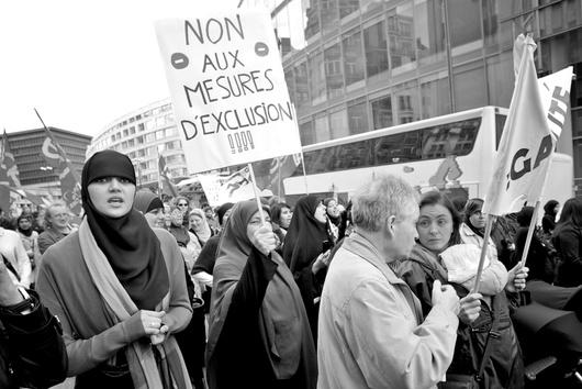 La Belgique a été le premier Etat européen à voter l'interdiction de la burqa...Mais les musulmans s'y sentent bien