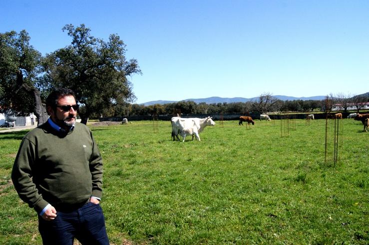 Les vaches consomment ce que produit la terre, sans pesticide ni OGM !