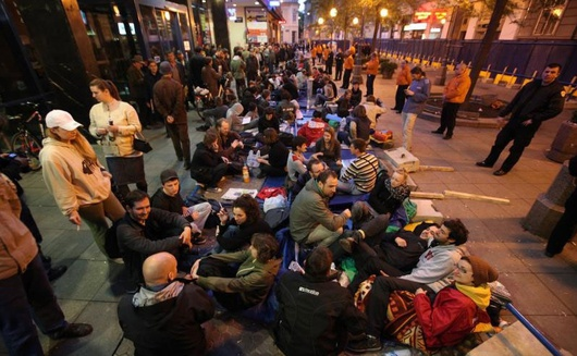 Imagen tomada durante la ocupación de una calle en Zagreb.