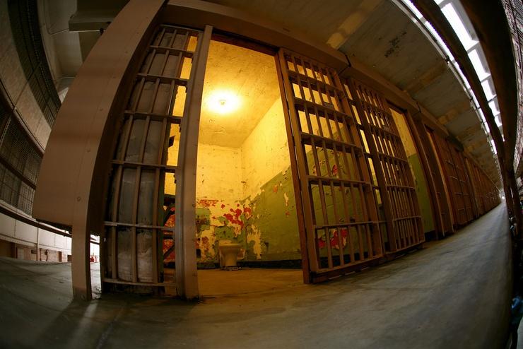 """""""Odrażające miejsce"""", powiedział wtedy o więzieniu Baumettes w Marsylii"""