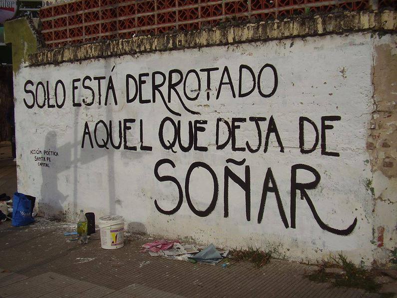 Poetas Callejeros Versos En Los Muros