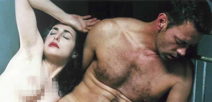 Rocco Siffredi junto a la actriz britanica Amira Casar