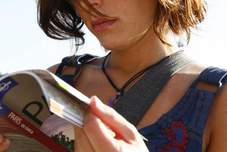 Les sites Internet des guides de voyage de référence sont concurrencés par de nouveaux acteurs, spécialisés dans l'édition numérique