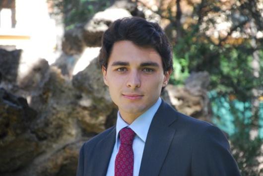Der junge Stadtrat von Neuilly-sur-Seine, Pariser Vorort, in dem Sarkozy früher Bürgermeister war