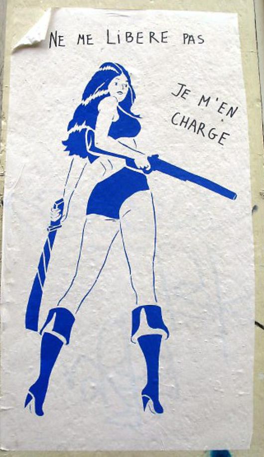 En su opinión, una feminista de 2010 debe hacer lo que le apetezca con su cuerpo, lo de andar sin sujetador porque sí pertenece a 1960