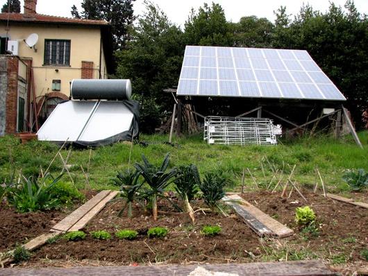 Un des premiers centres sociaux à installer des panneaux solaires