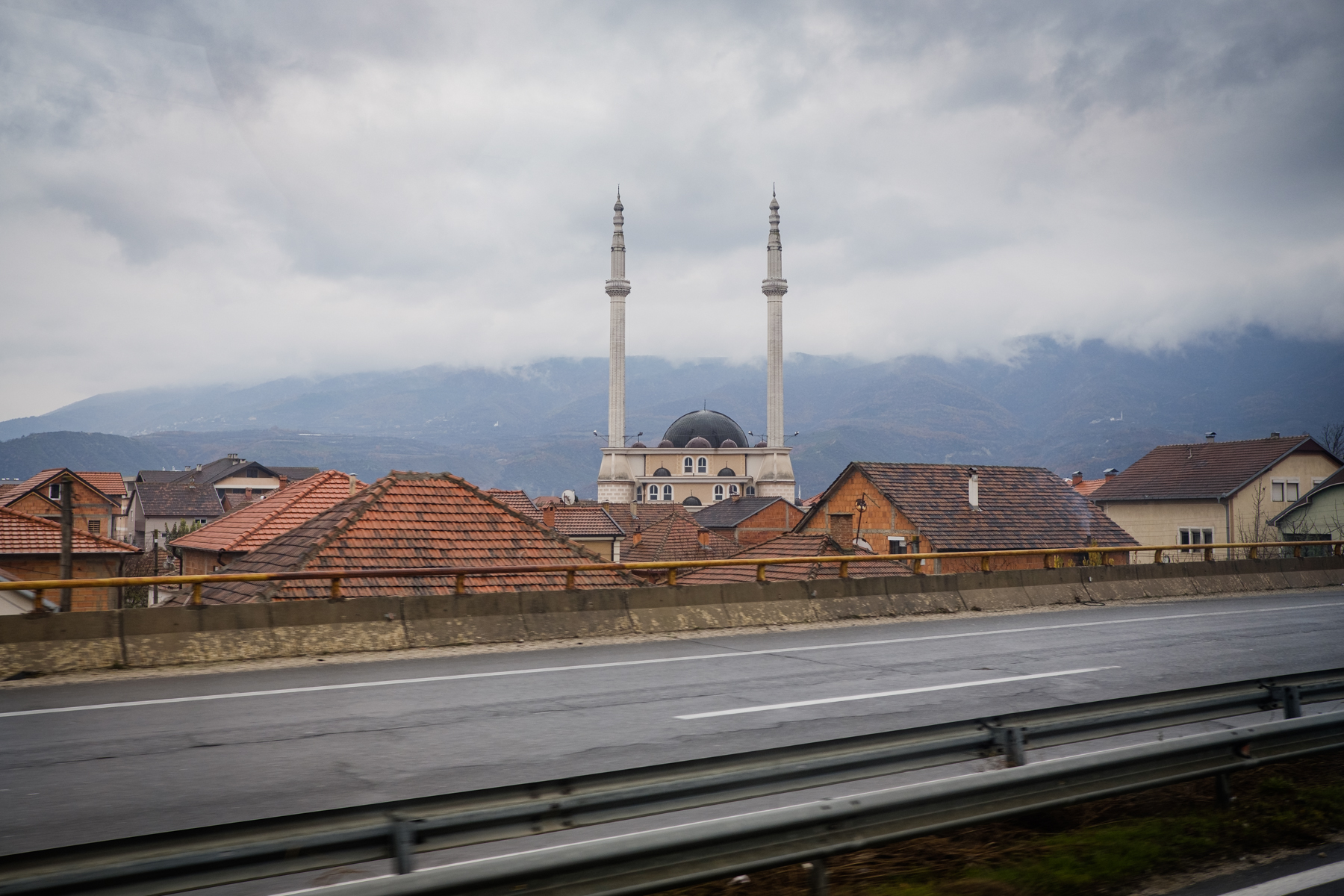 Tra Skopje e Tetovo