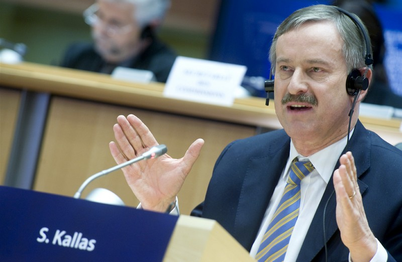 Siim Kallas (transport commissioner): 'the security-first one'