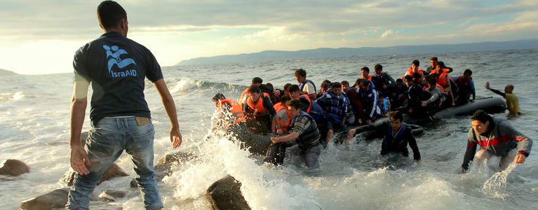 Image for Mittelmeer-Tragödie: Ein Meer voll namenloser Leichen