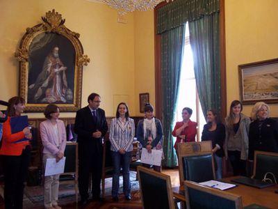 """Image for Cristina Benlloch recibe el Premio de investigación en estudios de género """"Otra mirada"""""""
