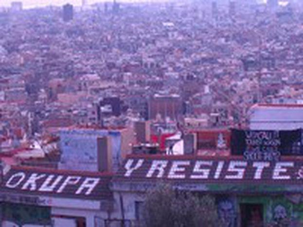 Image for Okupas contro matones. La guerra immobiliare di Barcellona