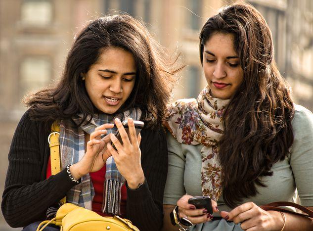 Image for Selfiejobs: Die App, die Flüchtlingenbei der Jobsuche hilft