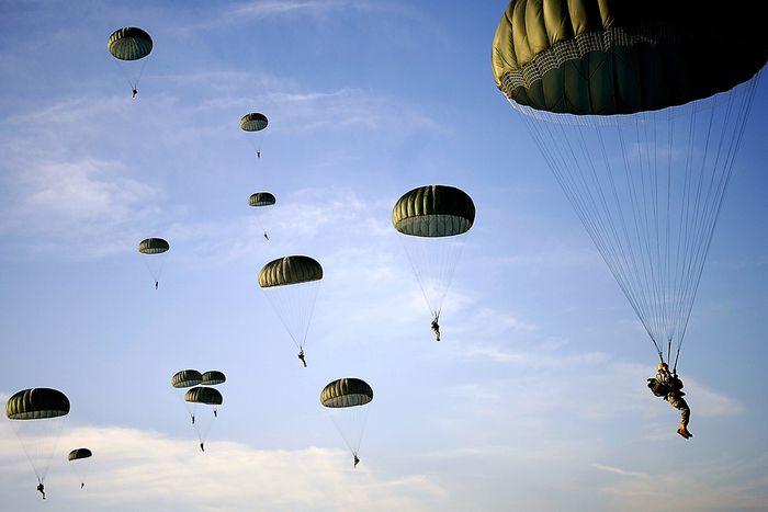 Image for Strana coabitazione militare franco-tedesca alla frontiera alsaziana