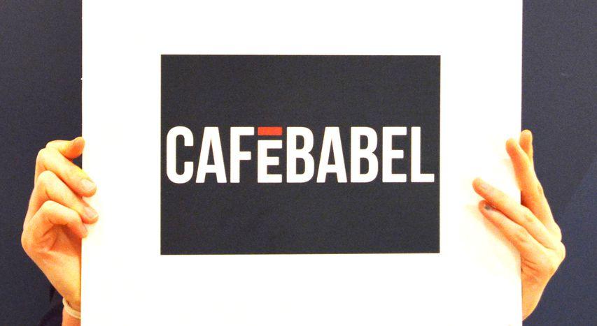 Image for L'équipe Cafébabel Bruxelles tombe les masques!
