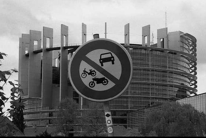Image for Nicht nur Institutionen in Straßburg