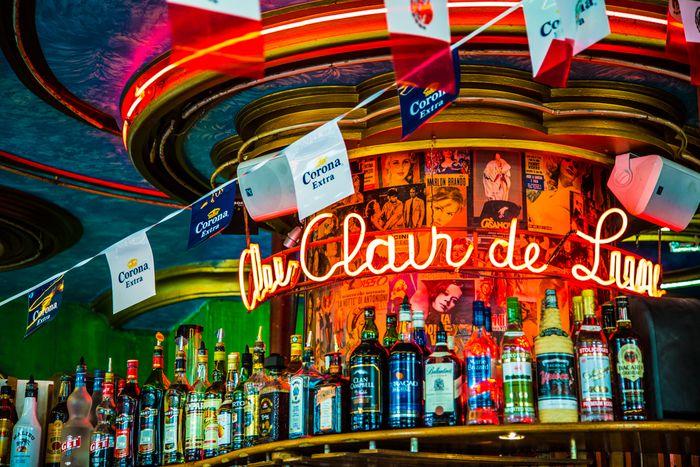 Image for Montmartre underground : Paris dans la bouteille