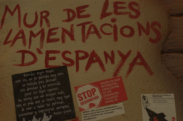Image for En España, las fallas retratan la corrupción y el franquismo