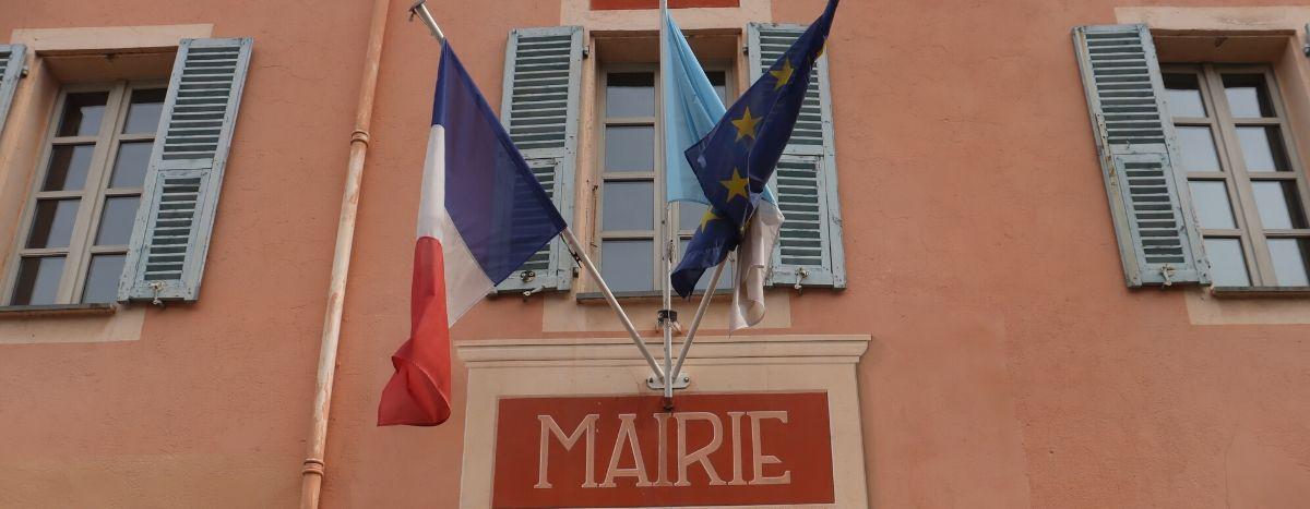 Image for La extrema derecha, al asalto de los ayuntamientos de la frontera franco-italiana