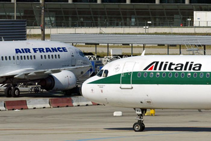 Image for Low Cost Airlines Declares War to Alitalia