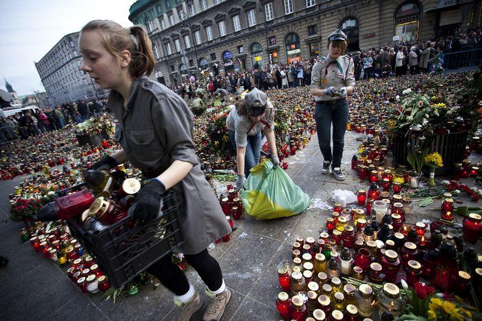 Image for Kaczynski war kein König: Präsidenten-Begräbnis spaltet Polen
