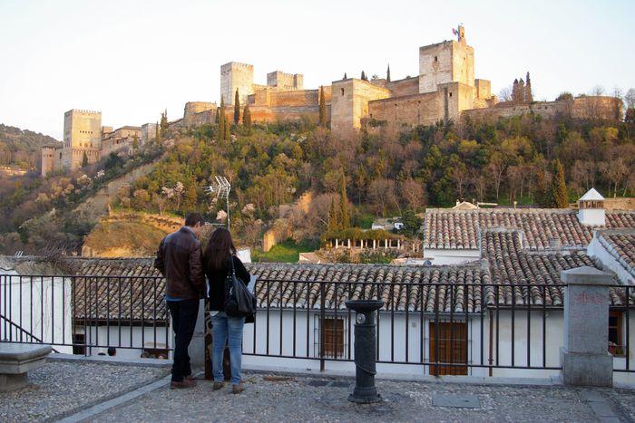 Image for Granada, tierra soñada en Europa