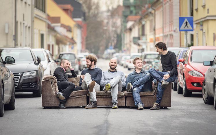 Image for Wiener Start-Ups im Portrait: fragnebenan.at