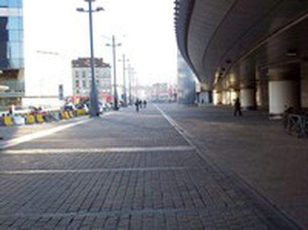 Image for Qui Bruxelles: cemento e immondizia