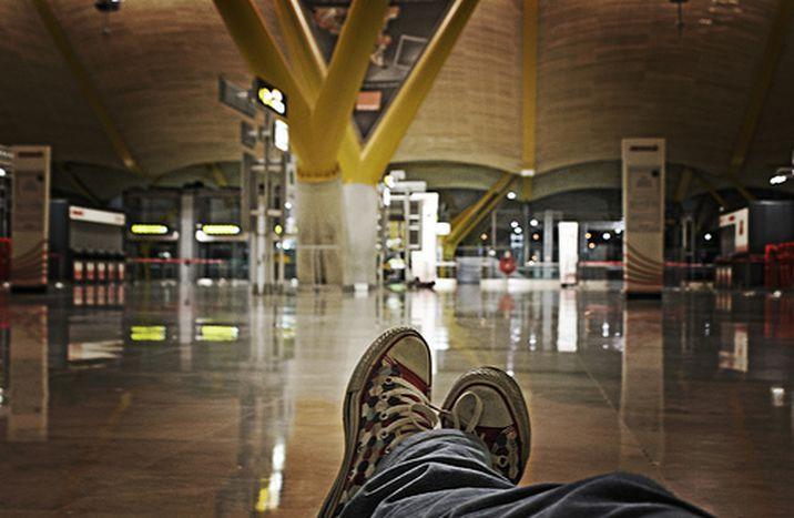 Image for La nuit, les aéroports ont une vie