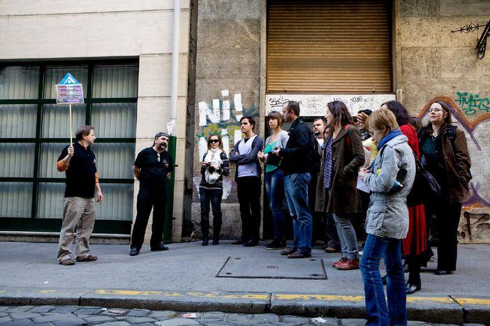 Image for Bon baisers de Budapest : visite guidée par un SDF