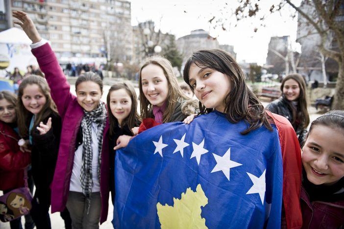 Image for Volver a casa y construir Kosovo para la Unión Europea