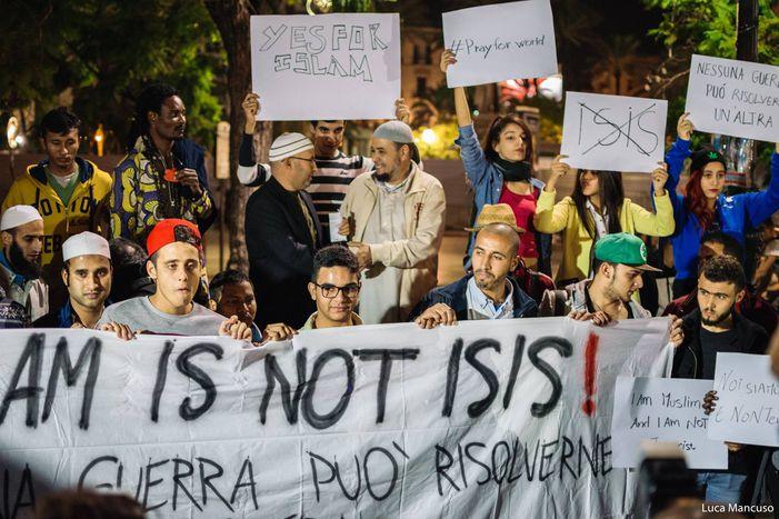 Image for #IslamIsNotIsis: in piazza a Palermoper la pace e il dialogo