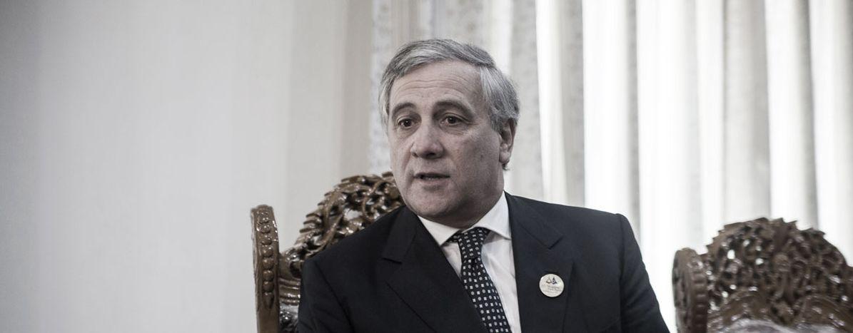 Image for Les 5 nuances de gris d'Antonio Tajani