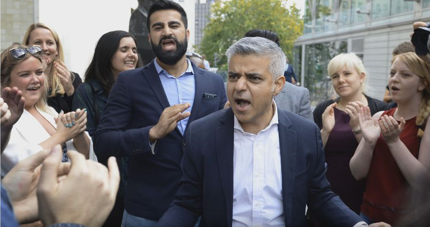 Image for Londres : le festival de Khan