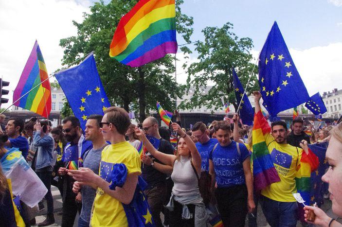 Image for Bruxelles aux couleurs de l'arc en ciel