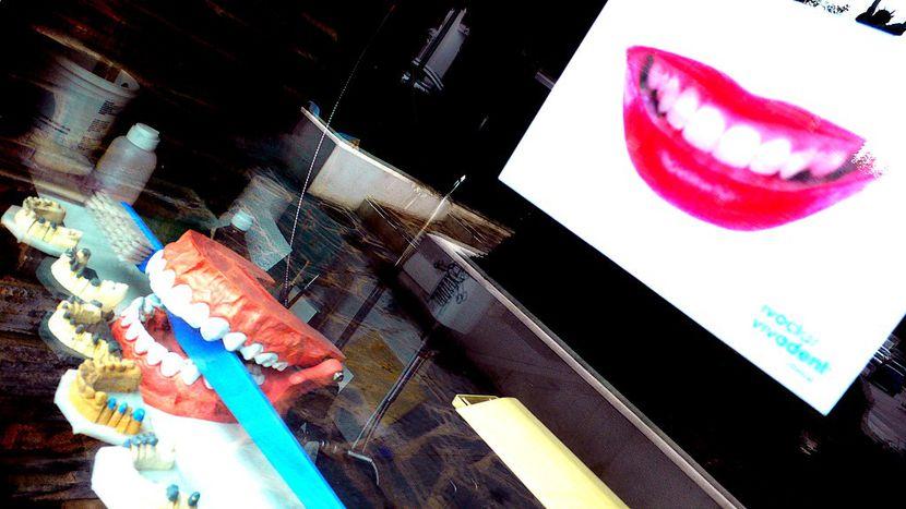 Image for Turismo médico: Sonríe, Varsovia te regala (o casi) una nueva dentadura