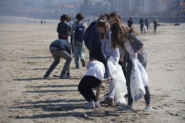 Image for Initiatives océanes, 20ans de sensibilisation