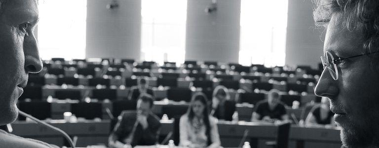 Image for 'Democracy': Black Mirror in der Brüssel-Blase